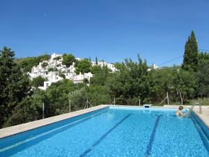 Ort und Pool